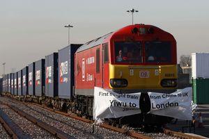 Kini, China-London Bisa Naik Kereta