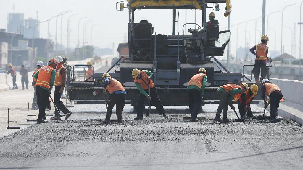 Menteri PUPR Yakin Merak-Surabaya Tersambung Tol di 2018