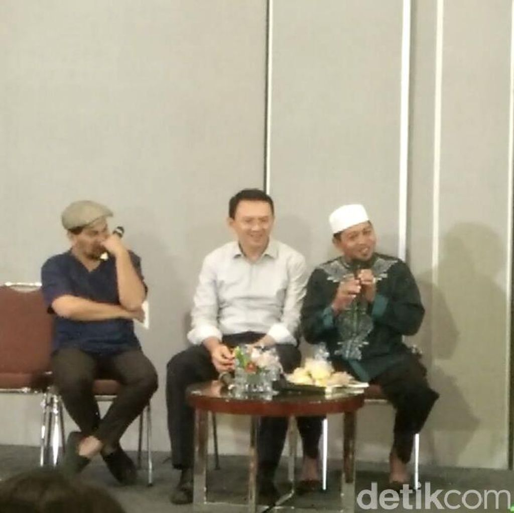 Hadiri Bedah Buku, Ustaz dari Belitung Timur Cerita Tentang Ahok