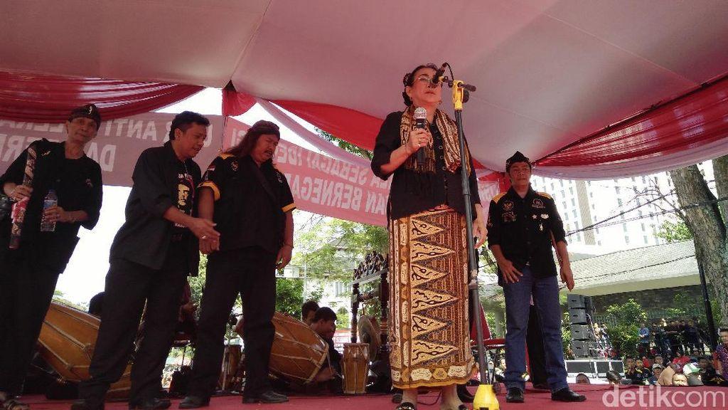 Sukmawati Hadiri Apel Akbar Pembela Pancasila di Bandung