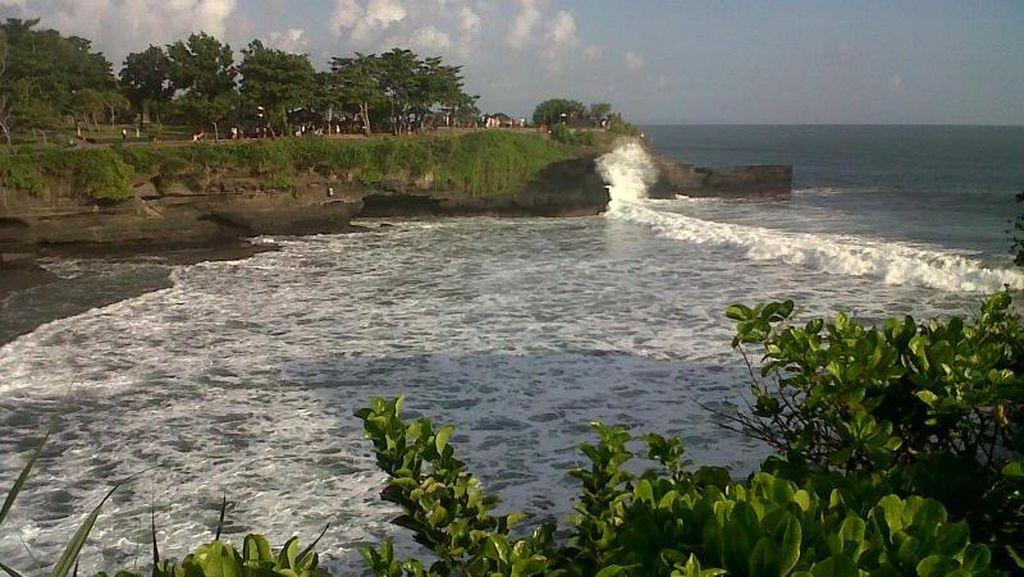 Tak Pernah Bosan ke Tanah Lot Bali