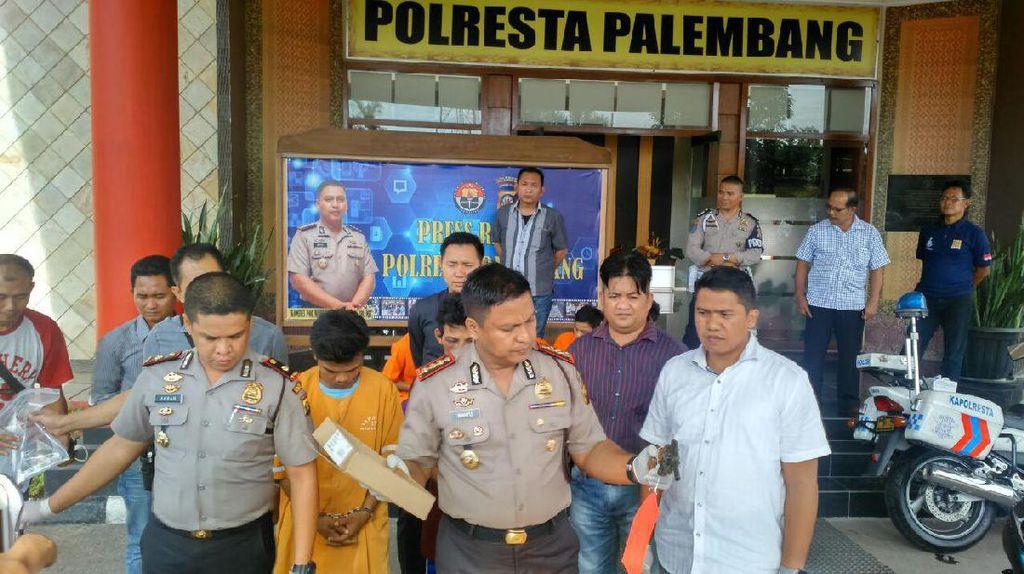 Polisi Tangkap Komplotan Begal di Palembang
