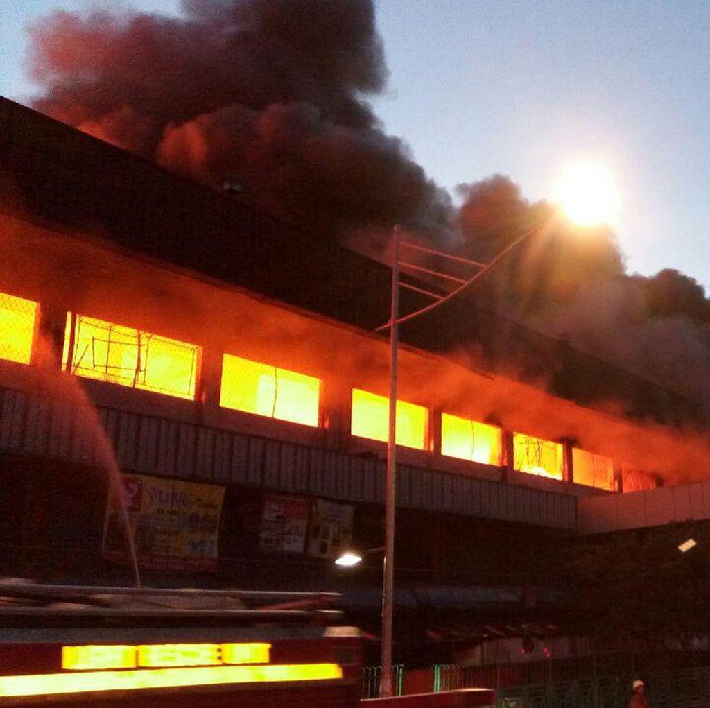 Kebakaran di Pasar Senen, Polisi Diturunkan Atur Arus Lalin