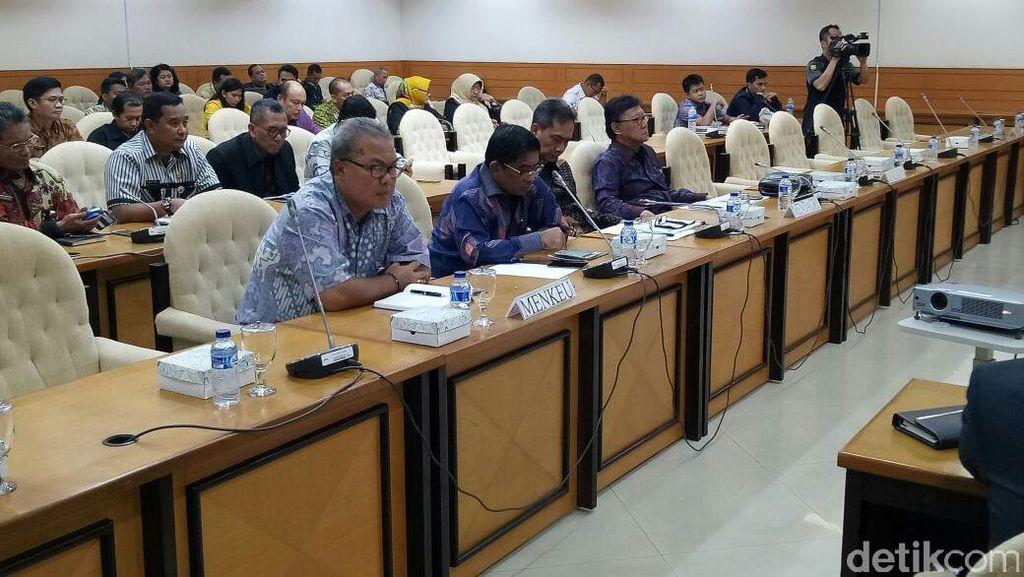 Seluruh Fraksi DPR Serahkan DIM RUU Pemilu ke Pemerintah