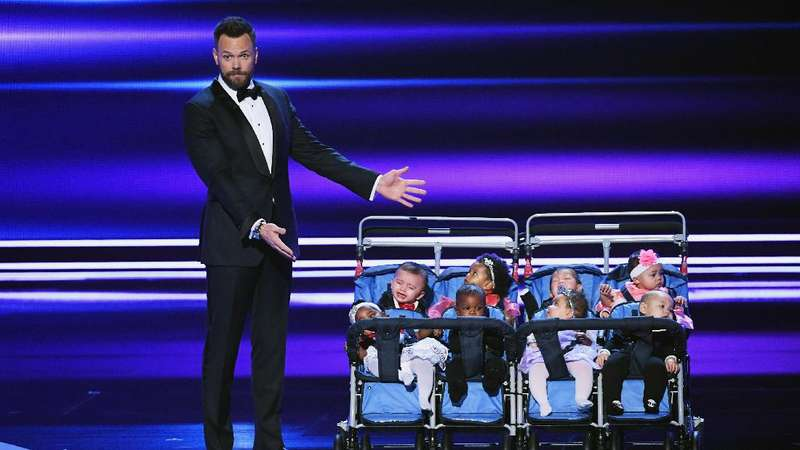Momen-momen Terbaik di People Choice Awards 2017