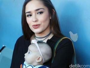 Cepatnya Yasmine Wildblood Turunkan Berat Badan Pasca Melahirkan