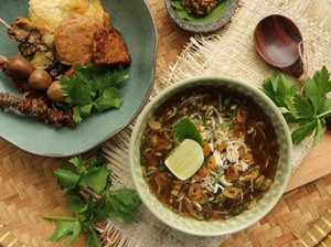 Menikmati Soto Kudus dan Mangut Ikan Manyung di Spesial Pedes Kauman