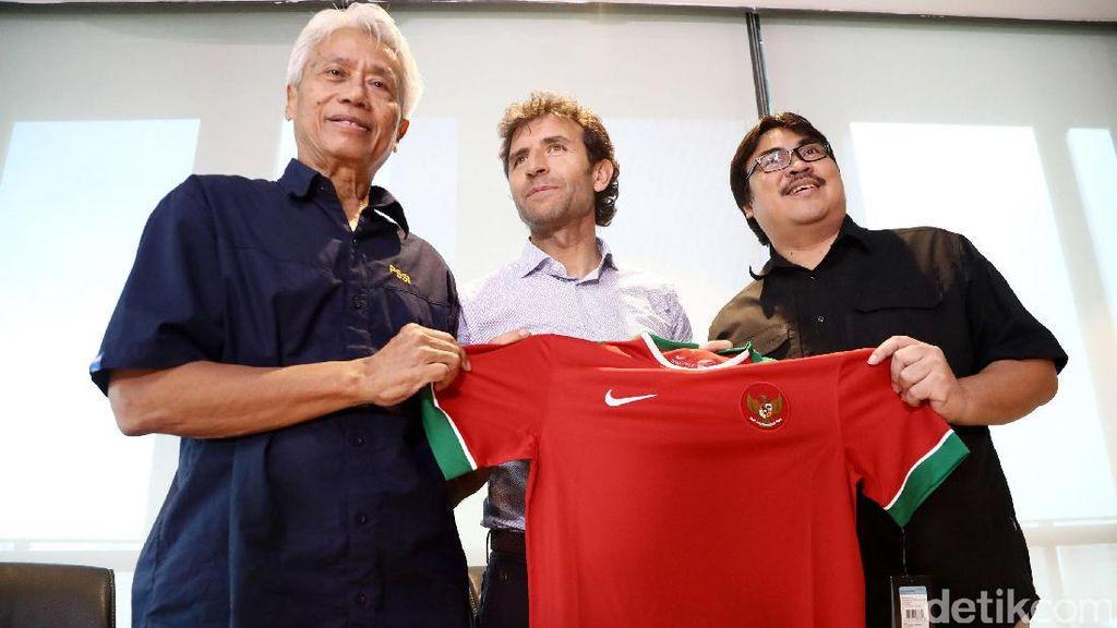Luis Milla Berencana Bawa Dua Asisten Pelatih dari Spanyol