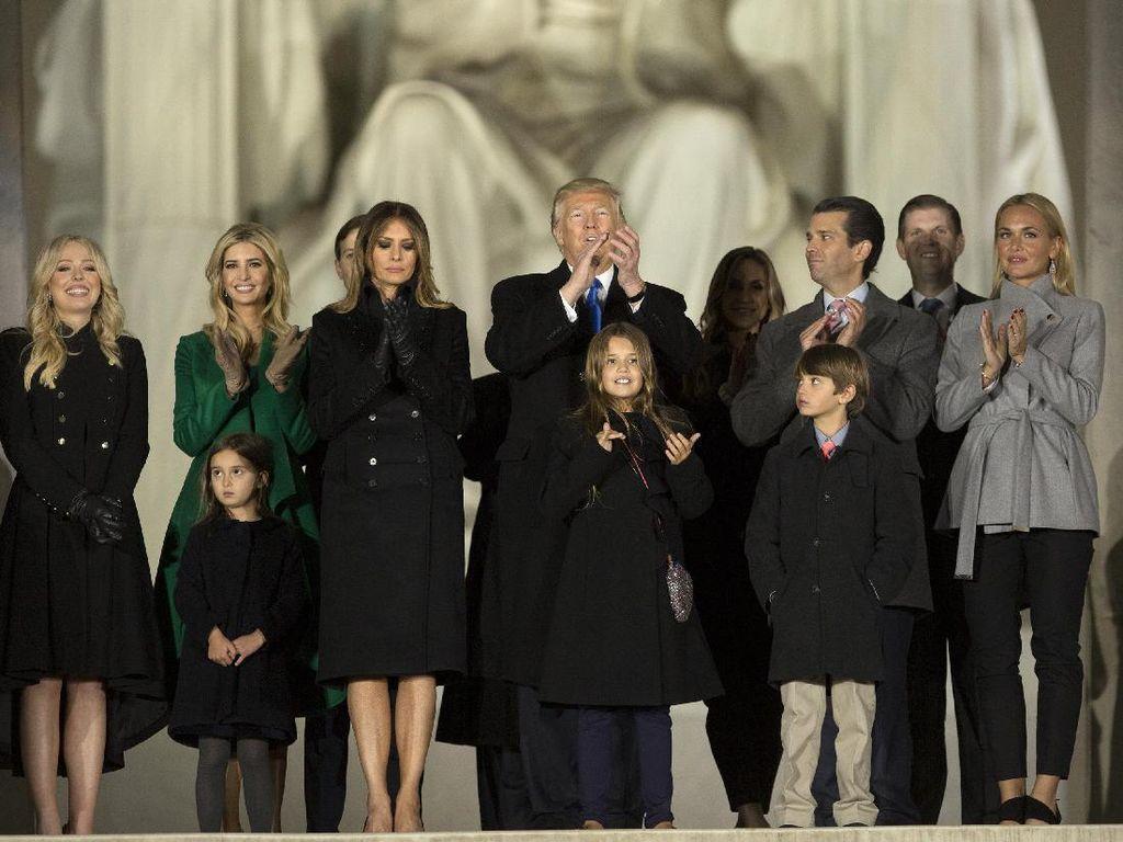 Berselisih, Melania Trump Sebut Ivanka Putri Raja dan Ular