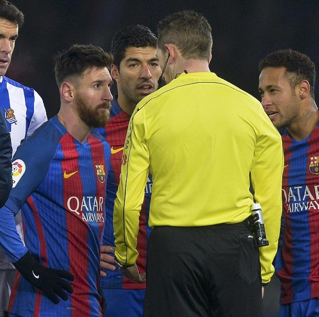 Pemain Sociedad Ini Sebut Messi Harusnya Dikartumerah