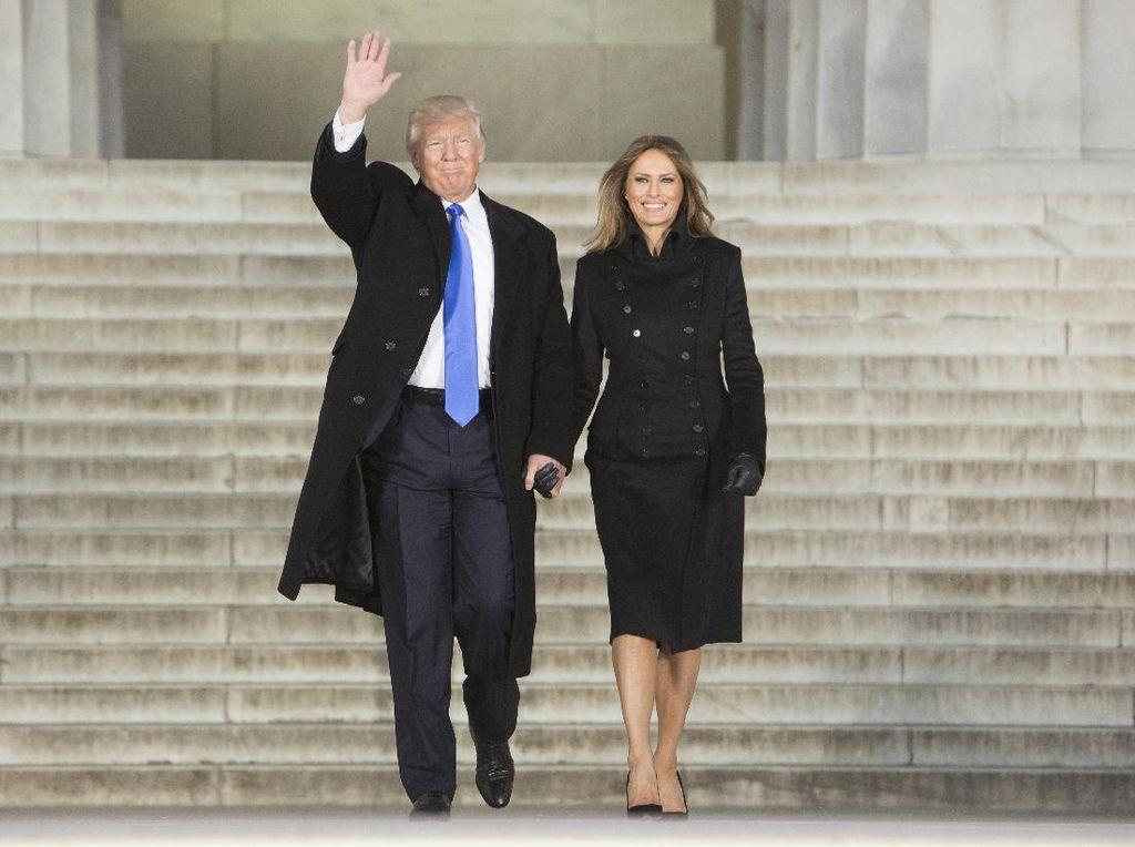 Trump Tiba di Lokasi Inaugurasi, Heart of Stone Milik The Rolling Stones Bergema