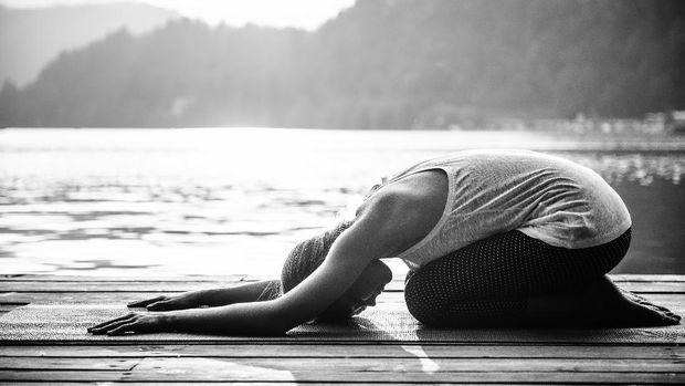 Ilustrasi prenatal yoga