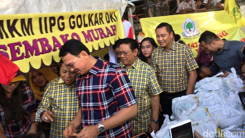 Ahok dan Novanto Hadiri Pasar Murah Golkar di Lapangan Blok S