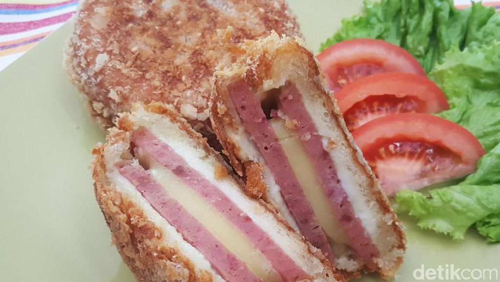 Video Resep : Fried Cheese Burger
