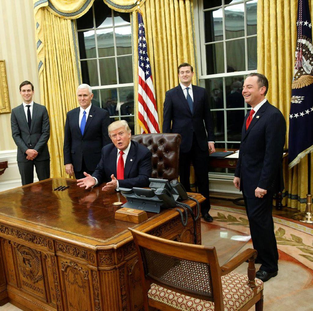 Gedung Putih Bersumpah Melawan Media yang Menyerang Trump