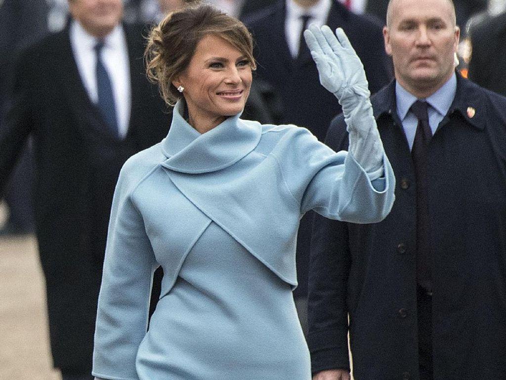 Gaun Biru Melania Trump di Inaugurasi Buat Saham Ralph Lauren Naik