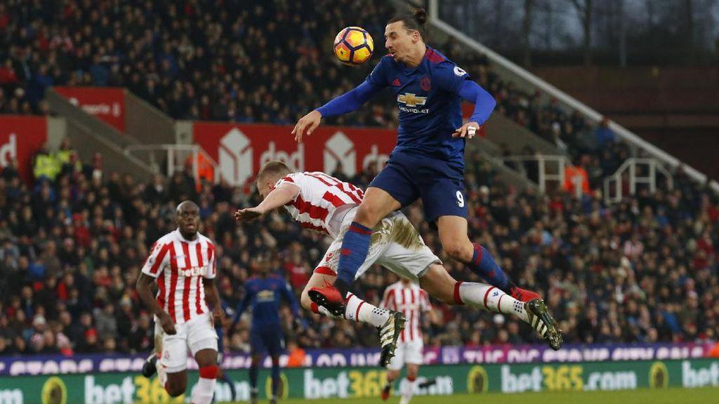 Herrera: Ibrahimovic Bikin Lawan Takut
