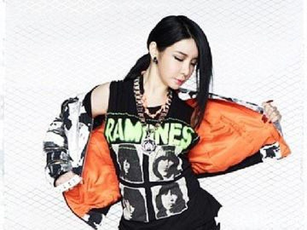 Disebut Penyebab Kehancuran 2NE1, Ini Kata Park Bom