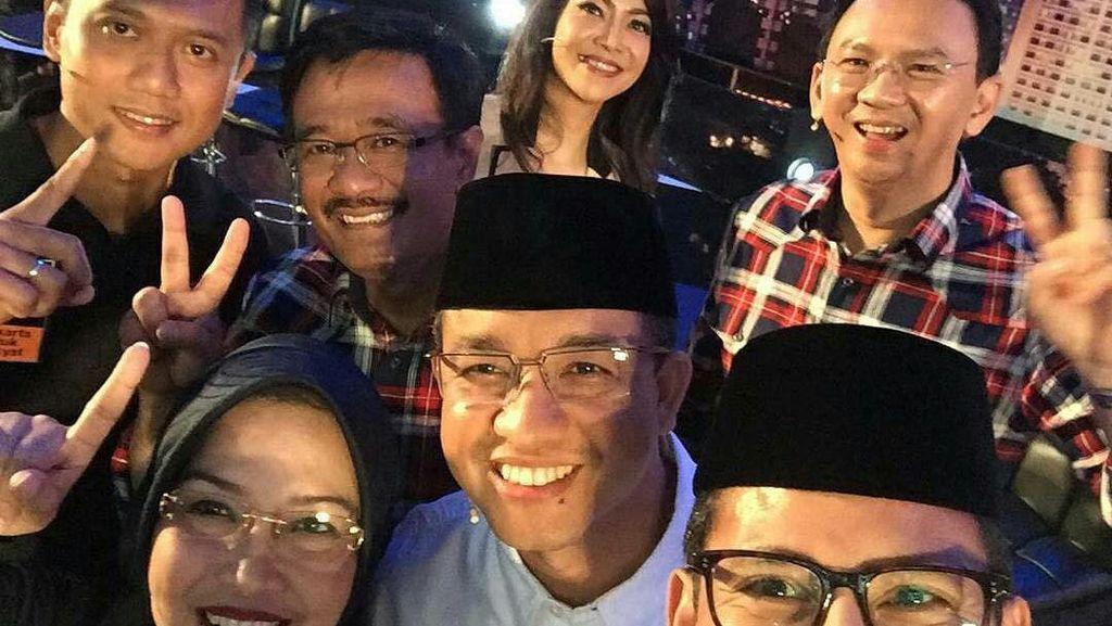 Foto Selfie Kompaknya 3 Pasangan Pilgub DKI Usai Debat