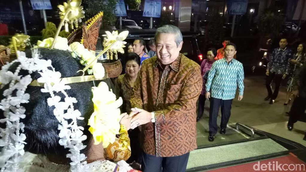 SBY dan Keluarga Hadiri Perayaan Natal Demokrat