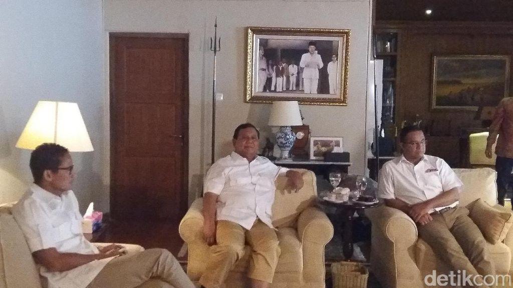 Prabowo Konsolidasikan Tim Pemenangan Anies-Sandi di Hambalang