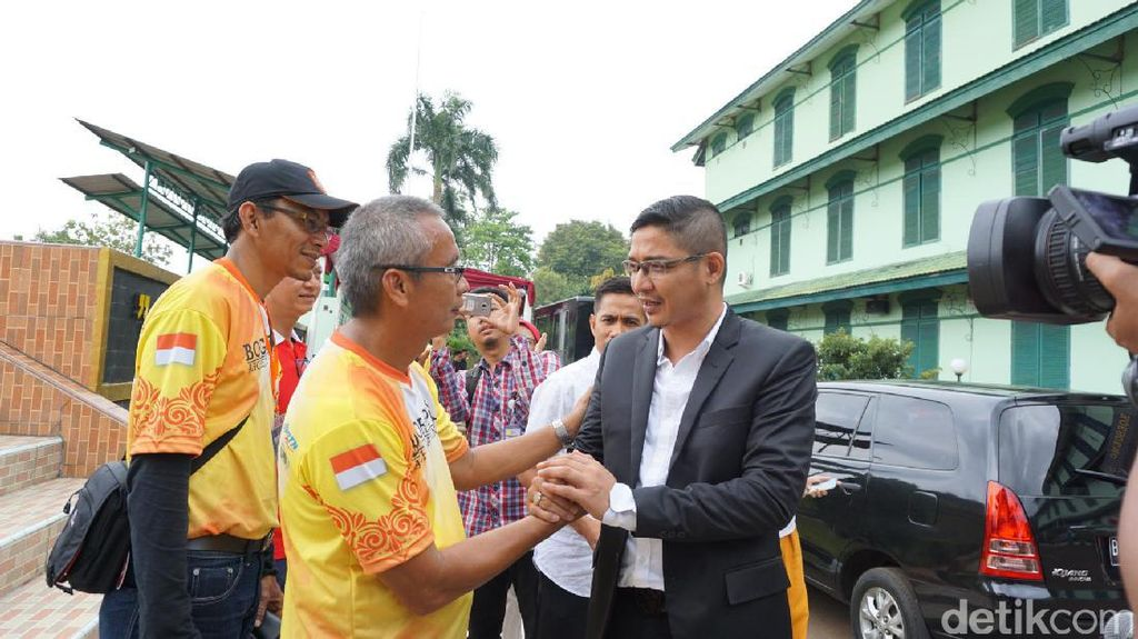 Pasha Ungu Seharusnya Bertanding Lawan Jokowi di Lomba Panahan
