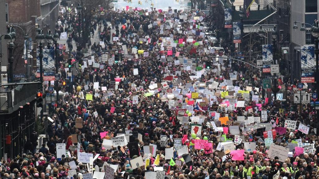 Sehari Pasca Pelantikan Presiden AS, Demo Anti-Trump Meluas