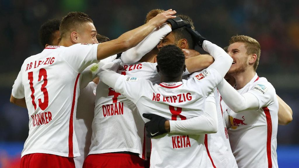 Libas Eintracht Frankfurt, RB Leipzig Terus Buntuti Bayern