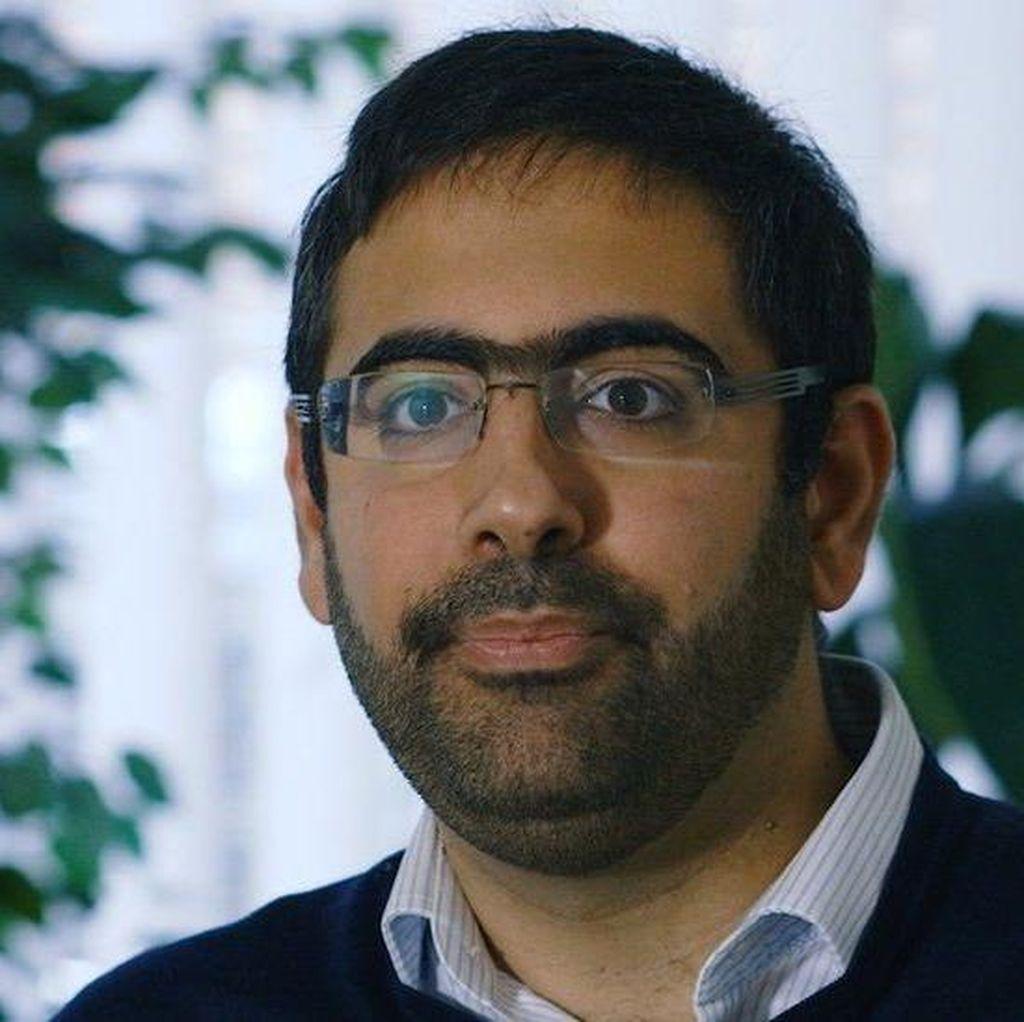 Pria Inggris Betulkan Berita-berita yang Salah di Media Soal Islam