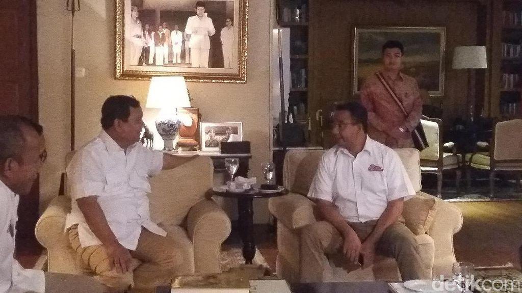 Prabowo Siap Jadi Pelatih Anies-Sandi untuk Debat Kandidat Kedua