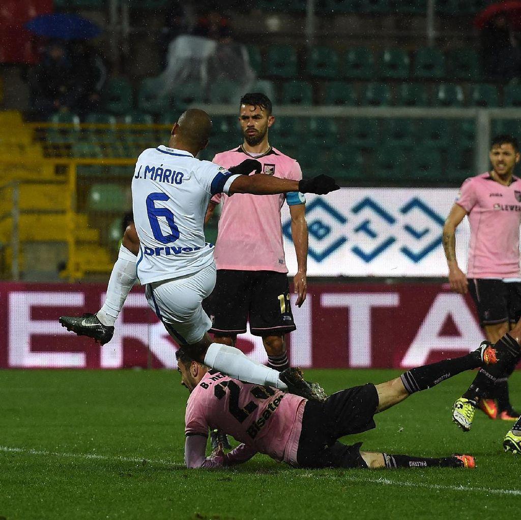 Joao Mario Bawa Inter Taklukkan Palermo
