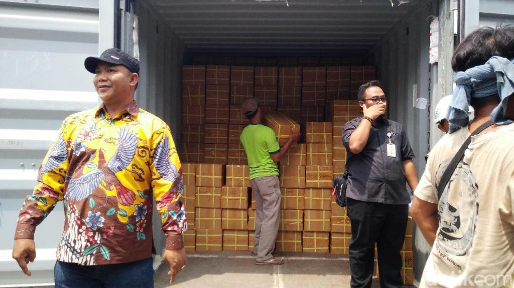 Tiba di Jakarta, Surat Suara Pilgub DKI Segera Didistribusikan