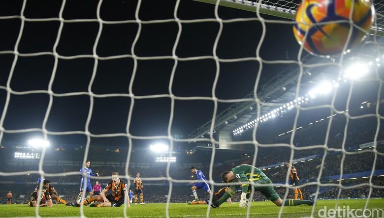 Chelsea Bekuk Hull City
