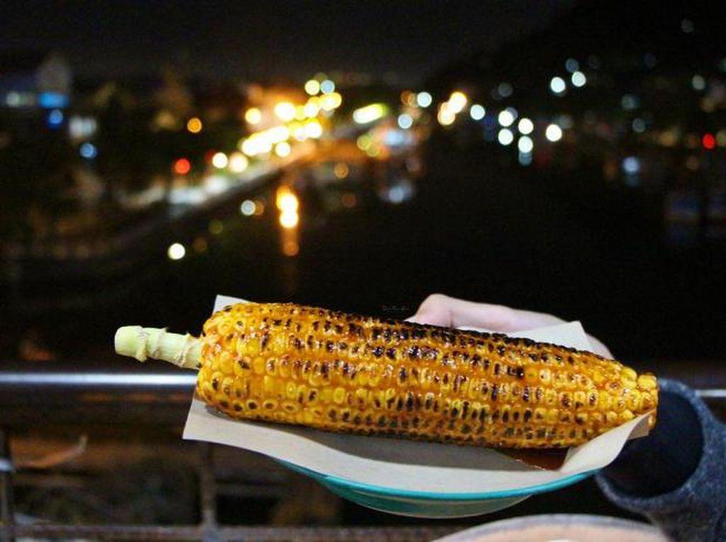 Wisata Kuliner Malam di Padang, Coba Sambangi Jembatan Siti Nurbaya