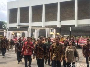 Jokowi: Selamat Ulang Tahun Bu Mega, Semoga Terus Menginspirasi