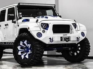 Jeep Wrangler ala Stormtrooper