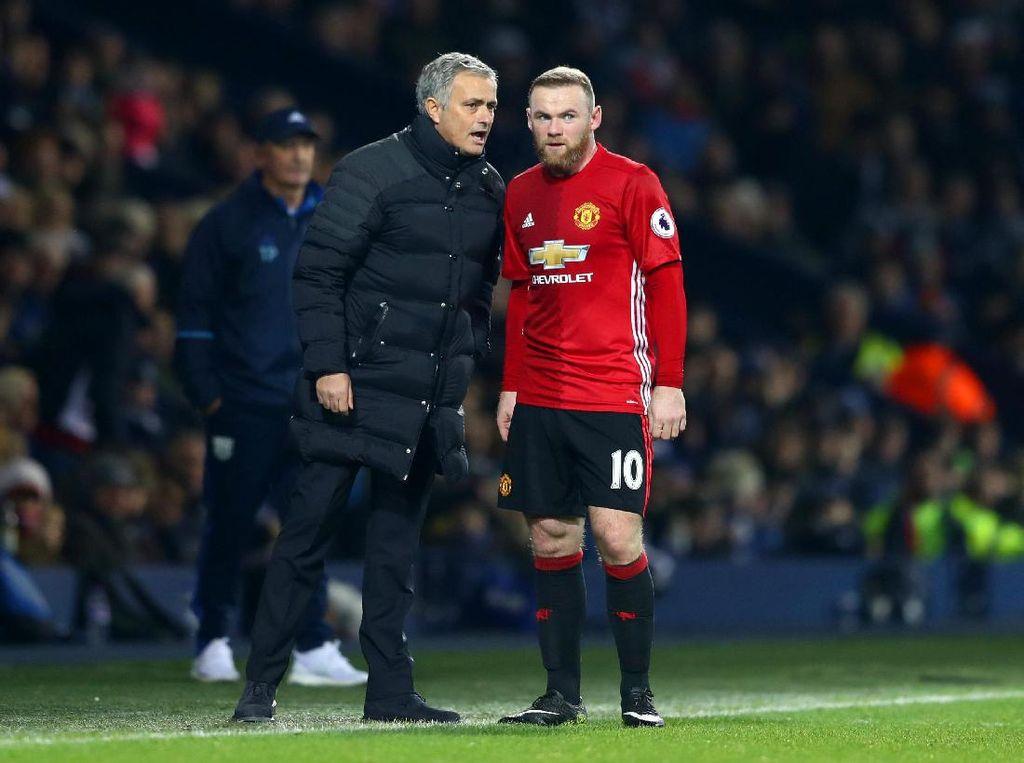 Andai Rooney Tertarik Pindah ke China, Mourinho Tak Akan Menghalangi