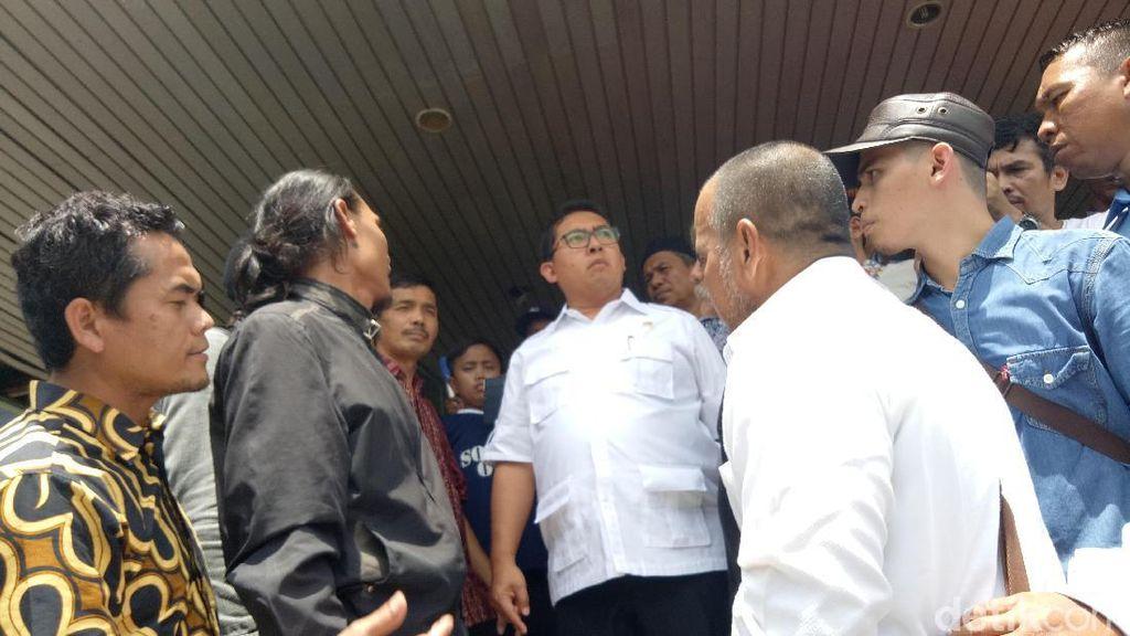 Kunjungi Pasar Senen, Fadli Zon: Bapak Ibu Bersabar Hadapi Ujian