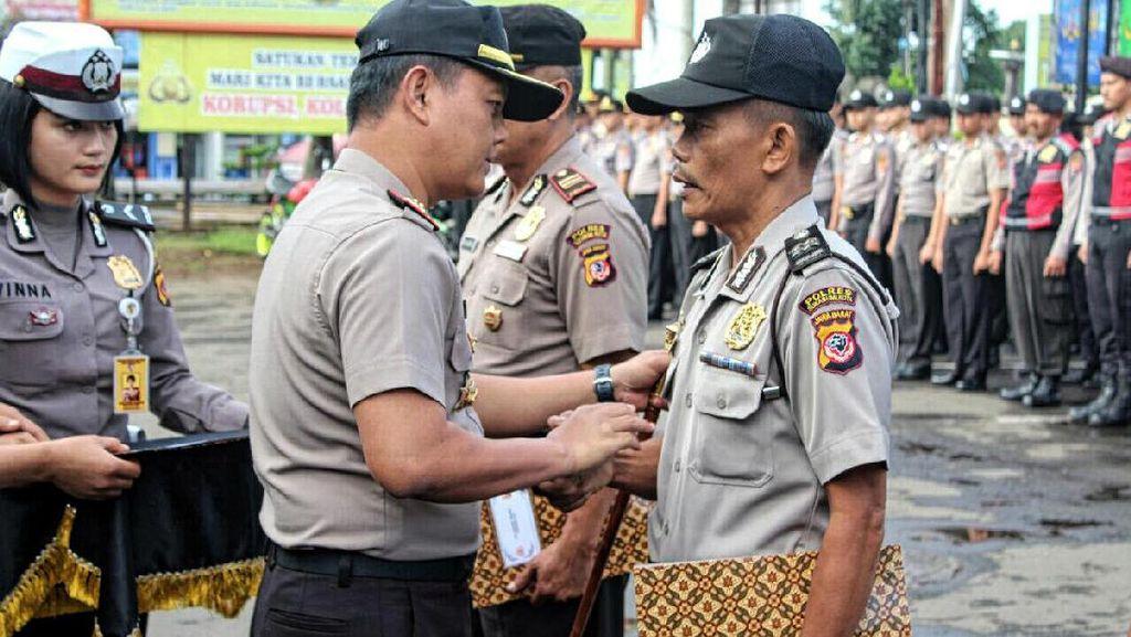 Selamatkan Nyawa Balita, 3 Polisi di Sukabumi Dapat Penghargaan