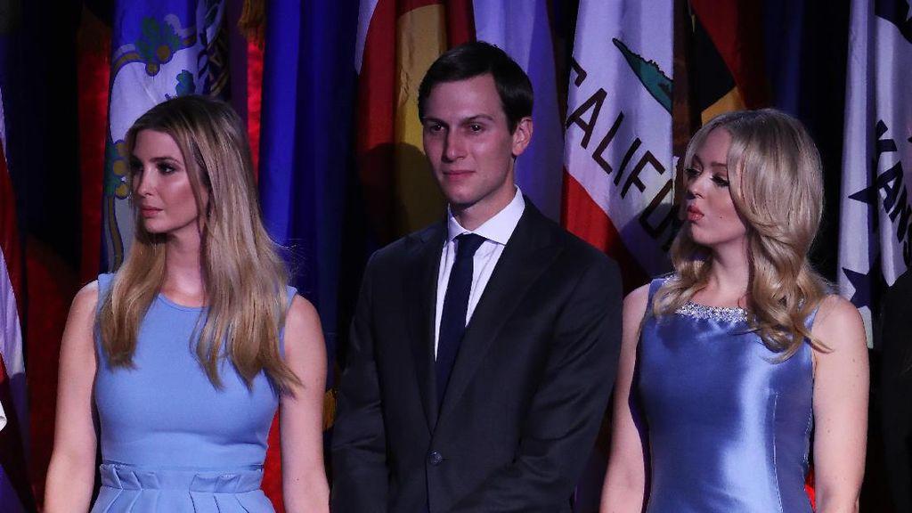 Gaya Ivanka Trump vs Tiffany Trump Pakai Baju Senada, Mana Lebih Cantik?