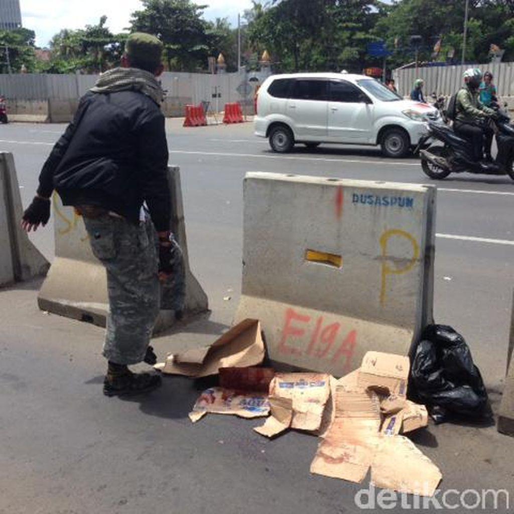 TransJ: Pedagang yang Tertabrak Bus Menyeberang Mendadak
