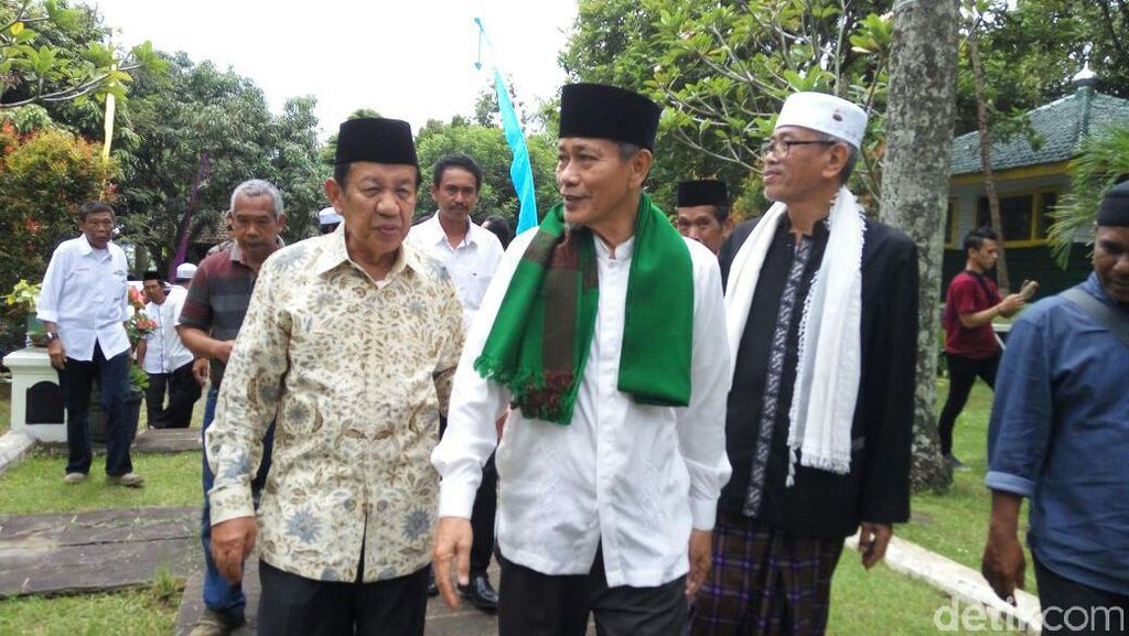 Cawagub Embay Dinasihati Tokoh Pendiri agar Majukan Banten