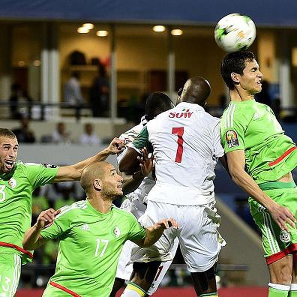 <i>Start</i> Buruk Bikin Aljazair Angkat Koper Lebih Cepat