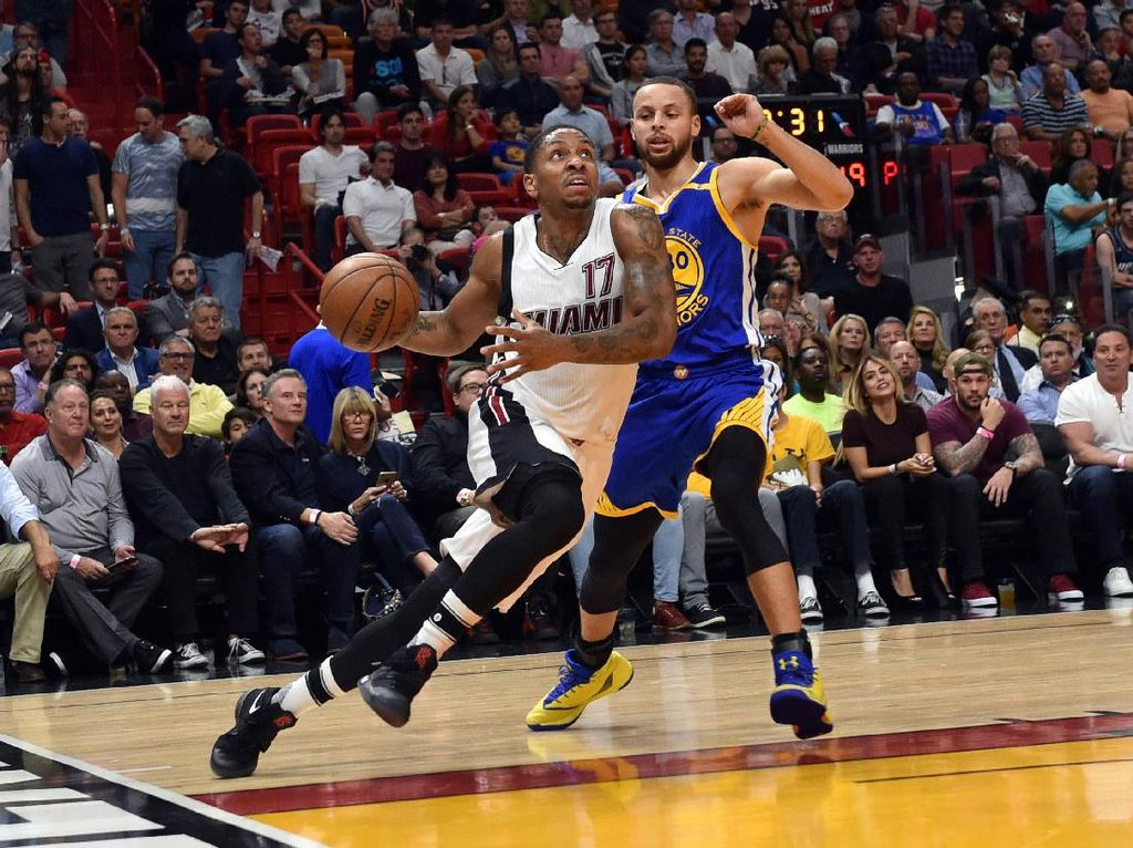Warriors dan Cavs Sama-Sama Tumbang