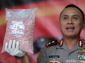 Polisi Tangkap Pengedar yang Bawa 25 Ribu Butir Ekstasi di Jakut