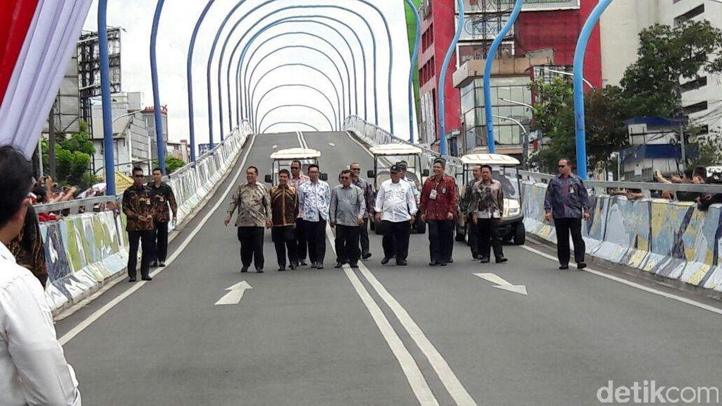 Kementerian PUPR Awasi Jembatan Pelangi Antapani Selama Setahun