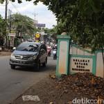 Cerita di Balik Nama Jalan Mercedes-Benz di Wanaherang, Bogor
