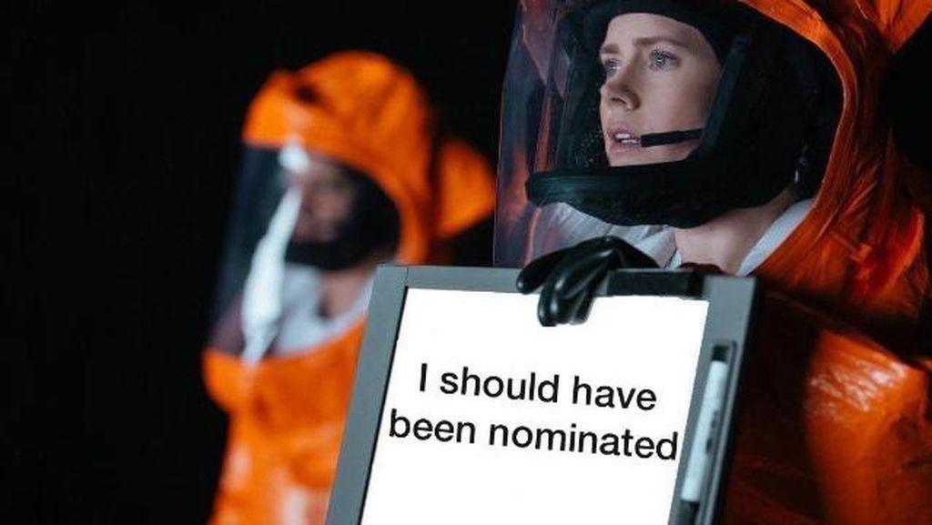 Gagal Jadi Nominasi Oscar, Meme Amy Adams Bertebaran