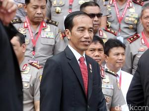Jokowi Kumpulkan 37 Perwira Tinggi TNI-Polri di Istana