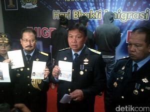 3 WNA Ditangkap Imigrasi Saat Dagang di Pasar Imlek Semarang